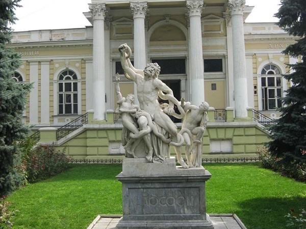 Odessa Walking and Outrageous museum tour