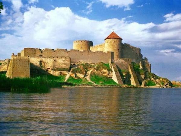 12 century castle in Bilhorod
