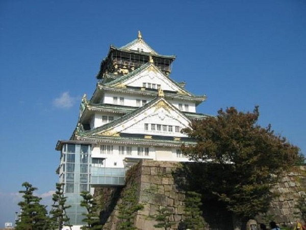 Private tour for Osaka, to explore the heart of the merchant city in Japan.