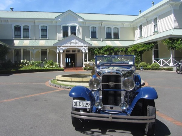 Half Day Private Tour in a Vintage Car