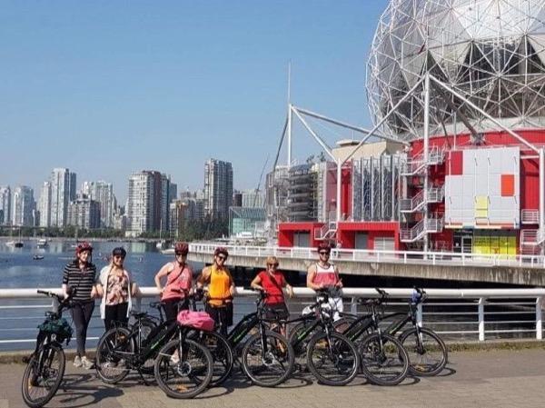 Vancouver City Sights E-Bike Adventure Tour