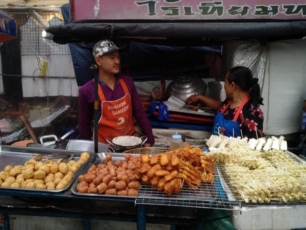 Bangrak street food tour