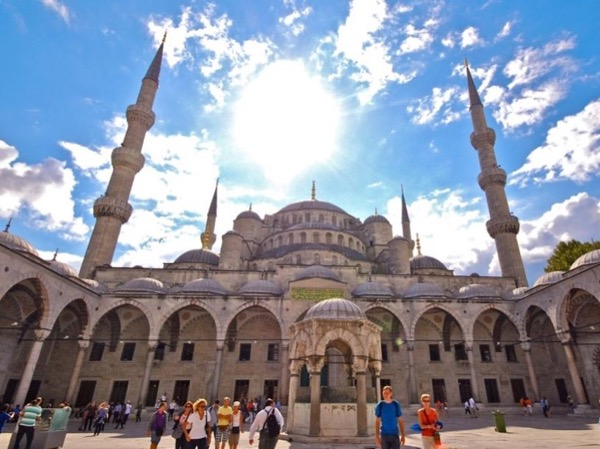 Istanbul's Old City Highlights Half Day Private Walking Tour