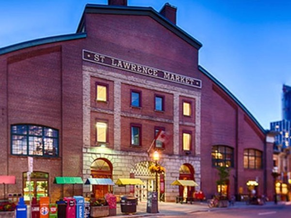 St Lawrence Market History and Food Tour Walk