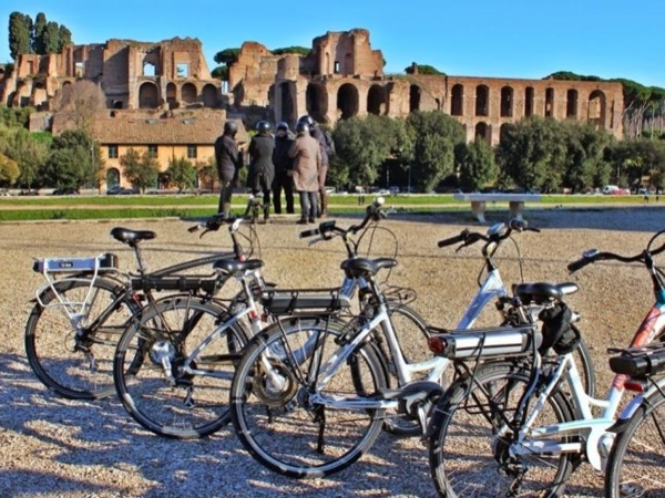 Rome Highlights by Ebike Tour