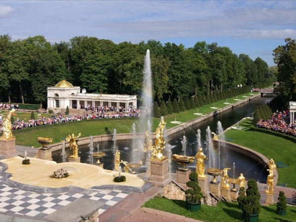 St. Petersburg Full Day Private Tour to Peterhof Palace+Park