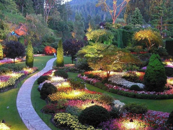 Victoria City Highlights and Butchart Gardens