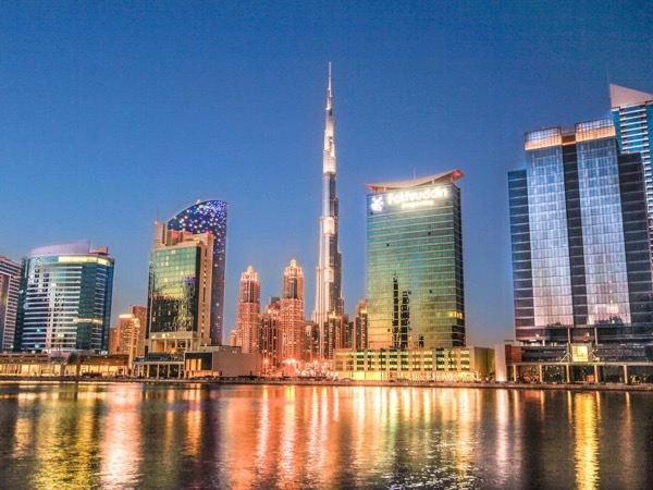 Modern Dubai Tour / Standard or Layover