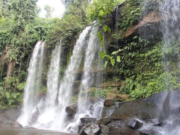 Kulen Mountain and Beng Mealea Temple