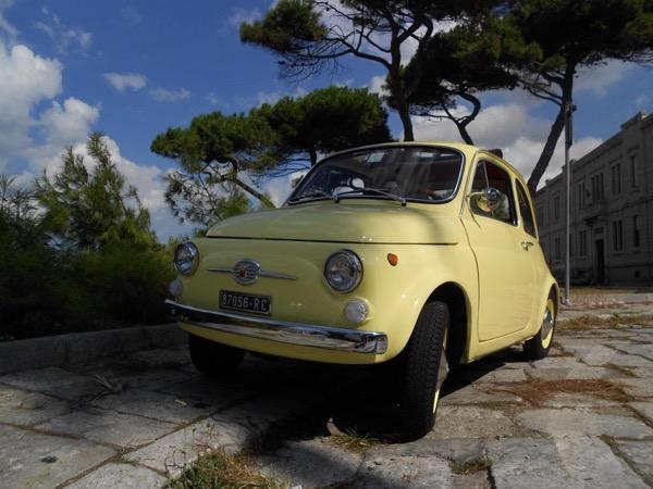 REGGIO town centre driving tour in a classic car