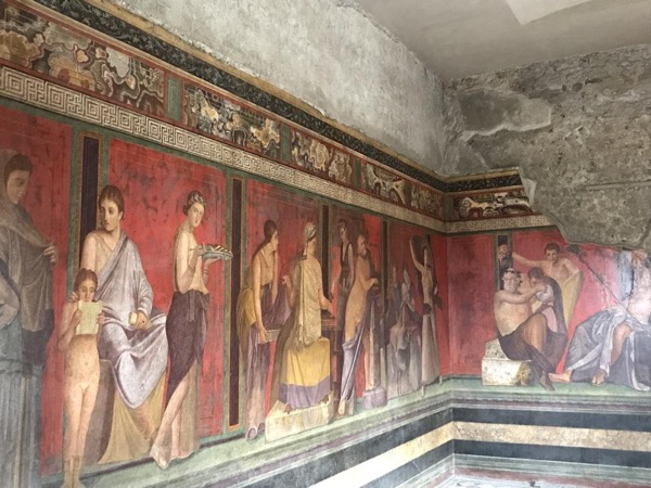 Pompeii and Herculaneum day trip with an archeologist