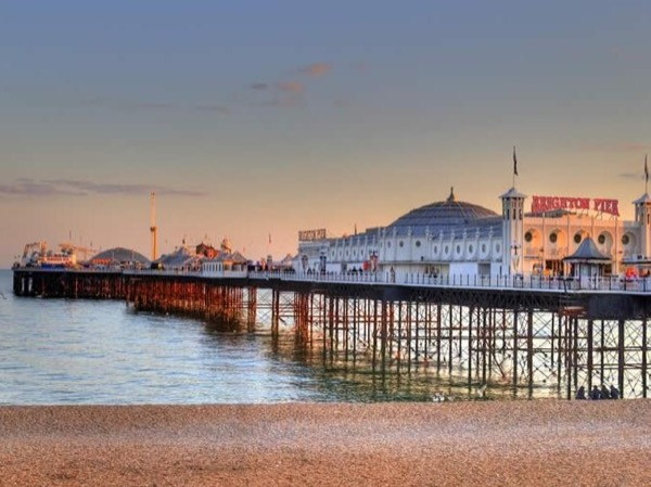 Private guided driver tour in luxury vehicle to City of Brighton, City of Eastbourne