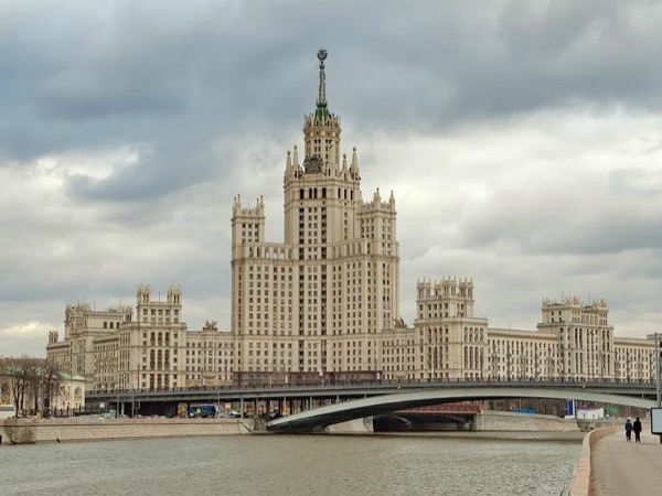 The 7 Stalin's skyscrapers and the history of the 20th century of Moscow