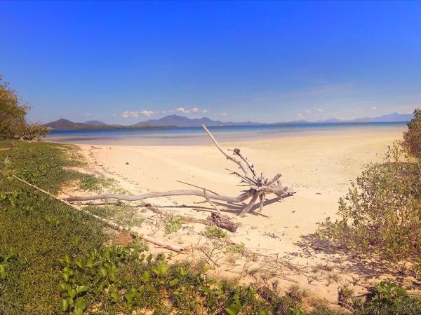 Discover Honda Bay Islands Tour