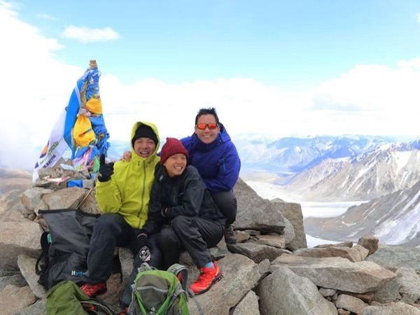 Hiking to the highest peaks of Mongolia - 10 days
