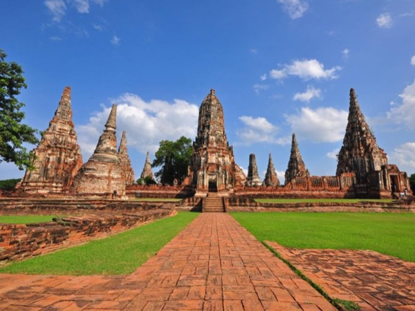 Private Tour to Ayutthaya and Bang Pa In