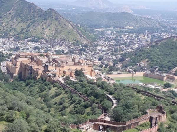 Full day tour of pink city with Amber fort