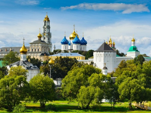 Sergiev Posad Day Tour (with an option to visit Datcha!)