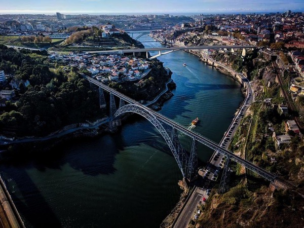 Porto Helicopter Fly Tour - 15 minutes Helicopter Tour and Full Day Porto Top Highlights Tour - Private Tour