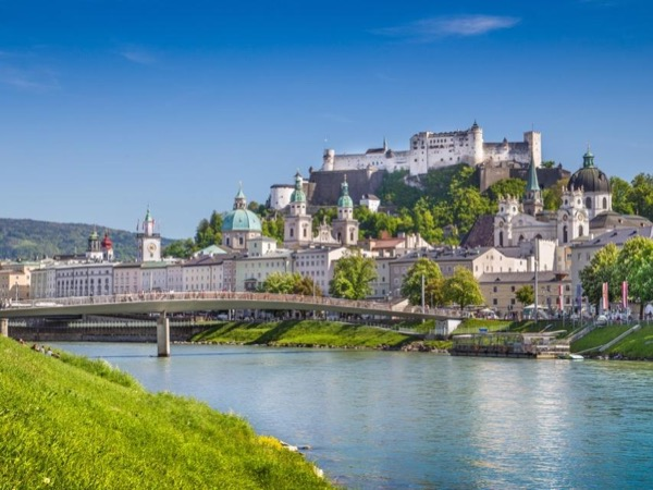 Private Salzburg City and Country Tour