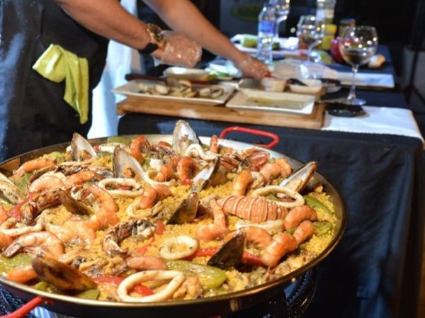 Paella - Buy, Cook and Eat like a Mallorcan.