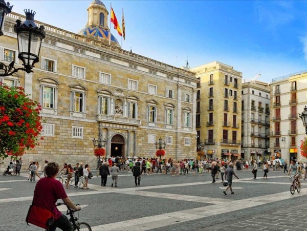Ancient Roman and Medieval Barcelona Walking Private Tour