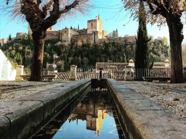Private Alhambra Tour: looking through the eyes of Granada history