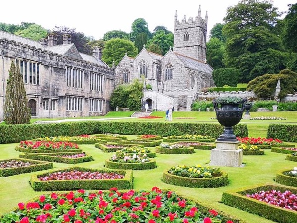 Private Day Tour of Historic Houses and Great Gardens of Cornwall