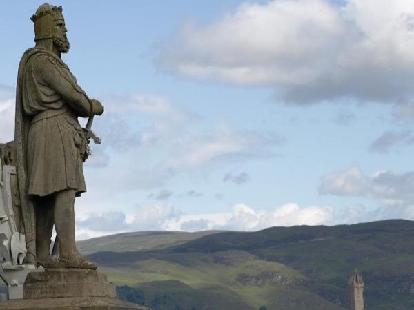 The Time Traveler Tour (A private tour from Edinburgh)