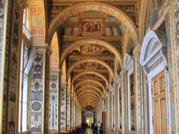 Hermitage Highlights Private Tour with Diamond room