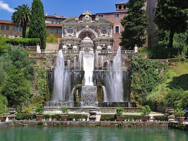 Tivoli Luxury Tour with a Driver - Full Day with a Private Guide