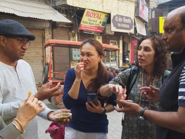 Private food tour with Local Amritsari Friend