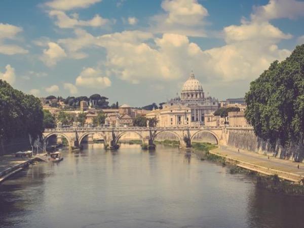 Rome's Classics and Colosseum - Shore Excursion