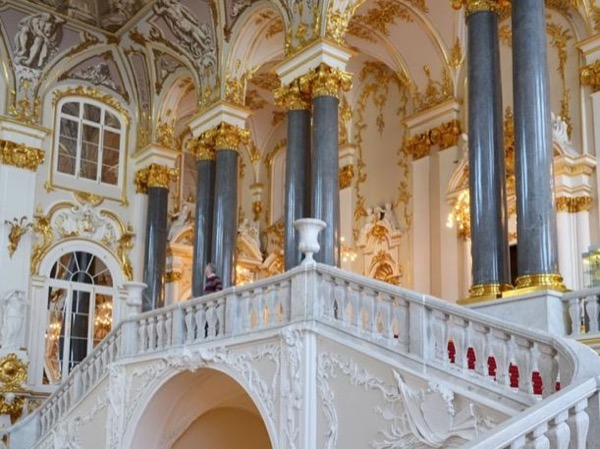 Half-day Tour to State Hermitage Museum in Saint Petersburg