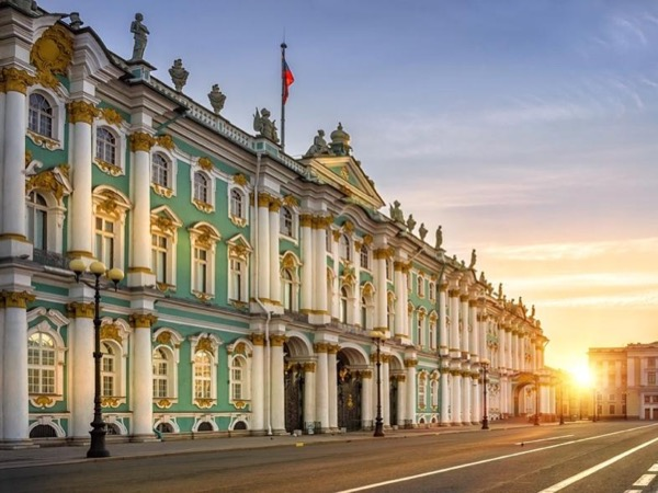 Private 2 day tour of Highlights in Saint-Petersburg.