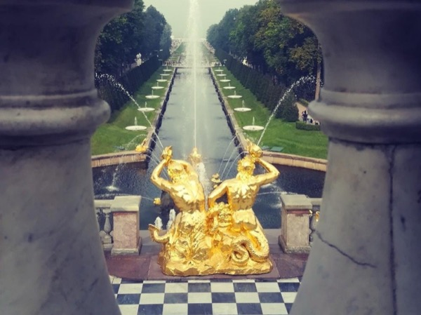 Peterhof and Catherine's Palace private tour