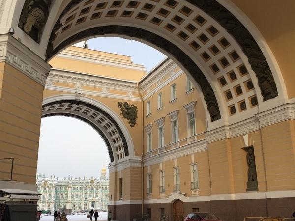 Imperial lifestyle tour with Hermitage inside visit