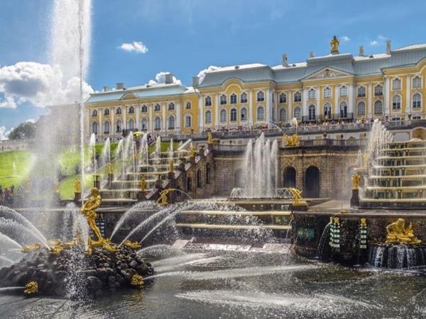 Feel Taste Enjoy Saint-Petersburg 2-day shore tour
