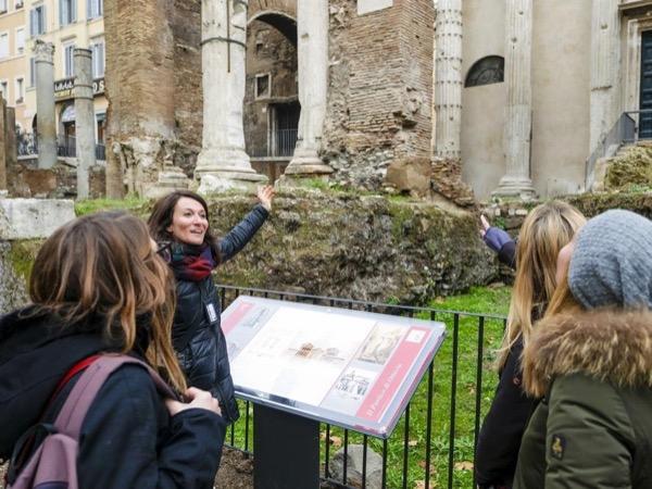 Private tour guide Rosalba