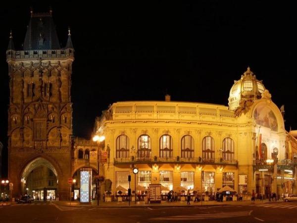 Prague Full Of Feelings - Private tour