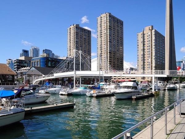 Toronto Harbourfront Centre Private Walking Tour