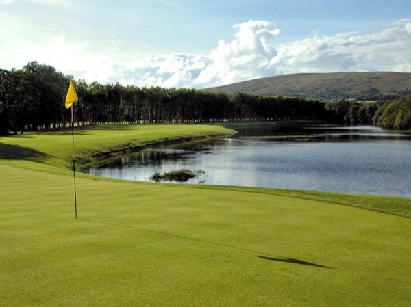 Play golf at Loch Lomond Carrick Course