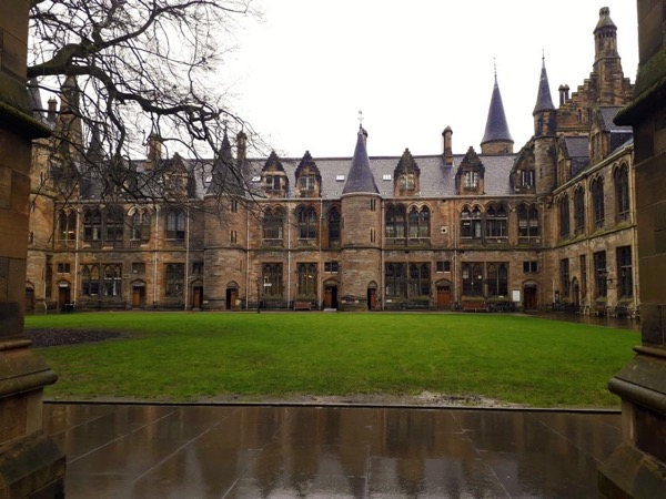 Outlanders and Outlaw Kings - Glasgow to Stirling