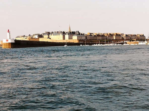 Mont Saint Michel And Saint Malo Full day Private Tour
