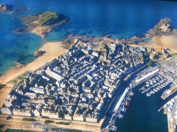 St Malo And Mont Saint Michel And DDay And Normandy Impressionist Private Tour 5 Days From/to PARIS