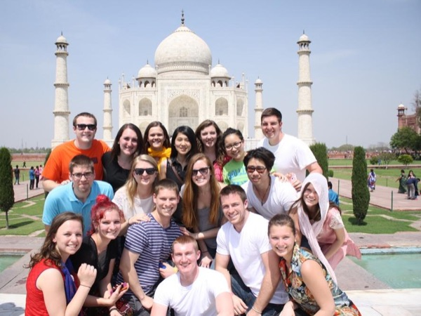 Taj Mahal Tour from Cochin / Mumbai