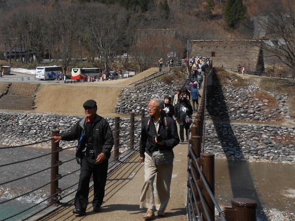 UNESCO World Heritage Shirakawago half day tour from Kanazawa