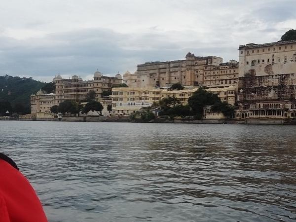 Guided tour for Udaipur - only Guide service