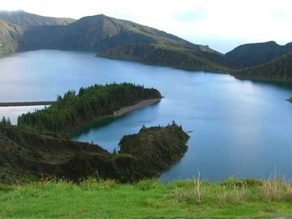 Lagoa do Fogo Half Day - Car up to 3 people