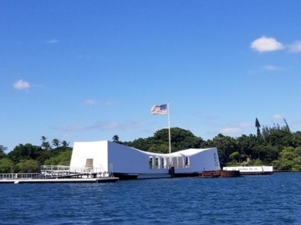 Pearl Harbor Historic Sites and Southeast O'ahu with Hawaii's Top Rated Private Tour Guide